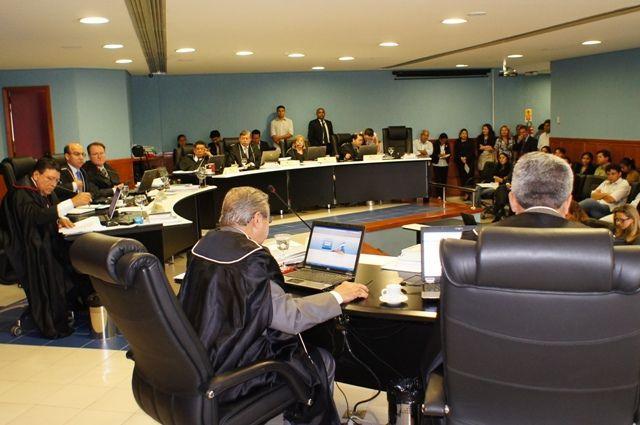 Assinatura de TAGs da Seduc com o TCE-AM não inviabiliza CPI na Assembleia