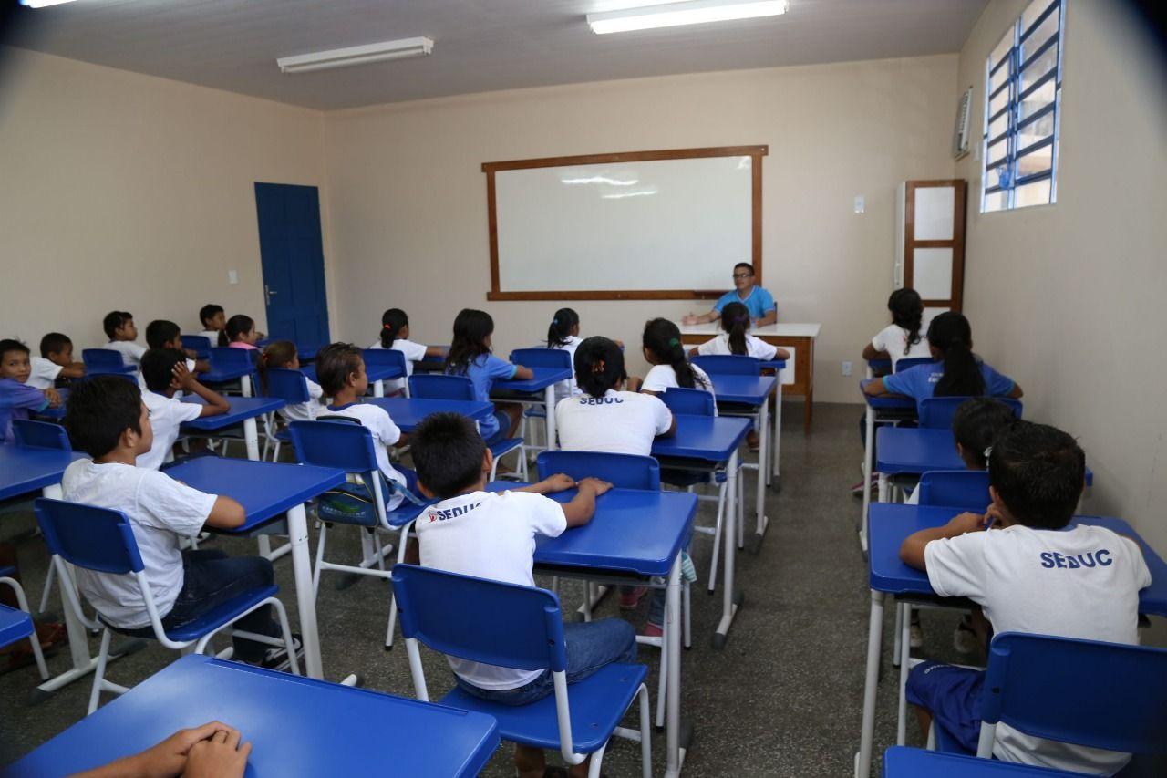 Seduc explica situação do Fundeb para professores do Amazonas