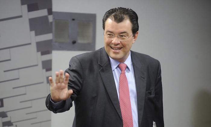 Braga desiste e Simone Tebet deve ser candidata à presidência do Senado