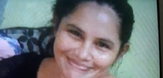Adriane Leal dos Santos
