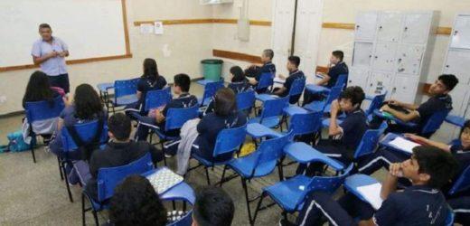 19% das redes de estados e municípios investem o adequado em educação