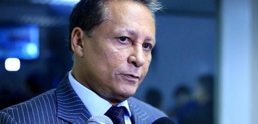 MP investiga nepotismo cometido por Adjuto Afonso em troca de apoio político