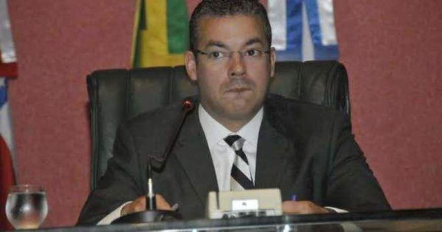 Josué Neto tem 25% do pulmão comprometido após pegar Covid-19