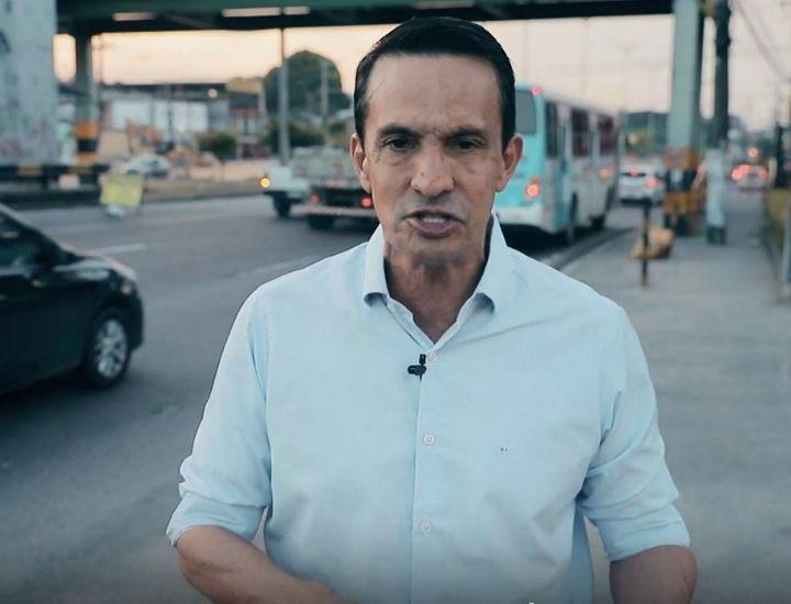 Obras milionárias de estações em Manaus deixam de fora 80% da frota e gera caos para passageiros, diz deputado
