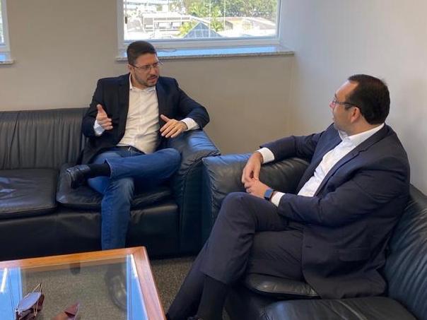 Vice-governador Carlos Almeida discute com Eletros fóruns para debate da ZFM na Reforma Tributária