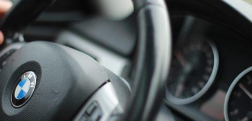 Conheça as especificações da BMW 320i