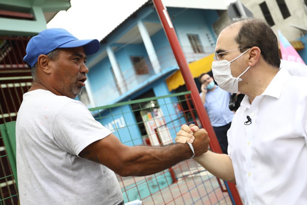 Disputa pelo segundo turno fica voto a voto em Manaus