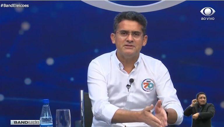 """""""Amazonino ficou apertando o botão do Free Fire"""", diz David Almeida"""