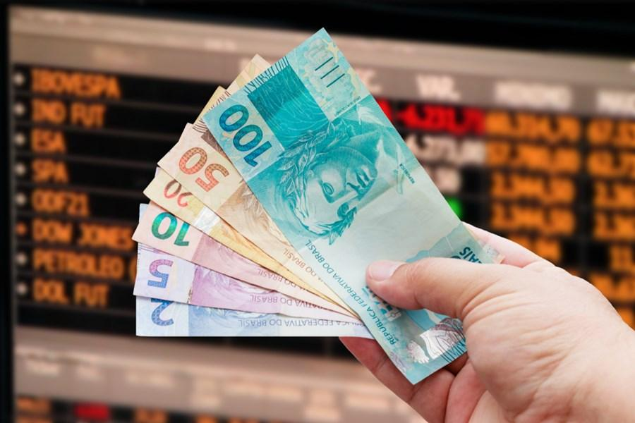 Estácio lança curso para formar investidores profissionais