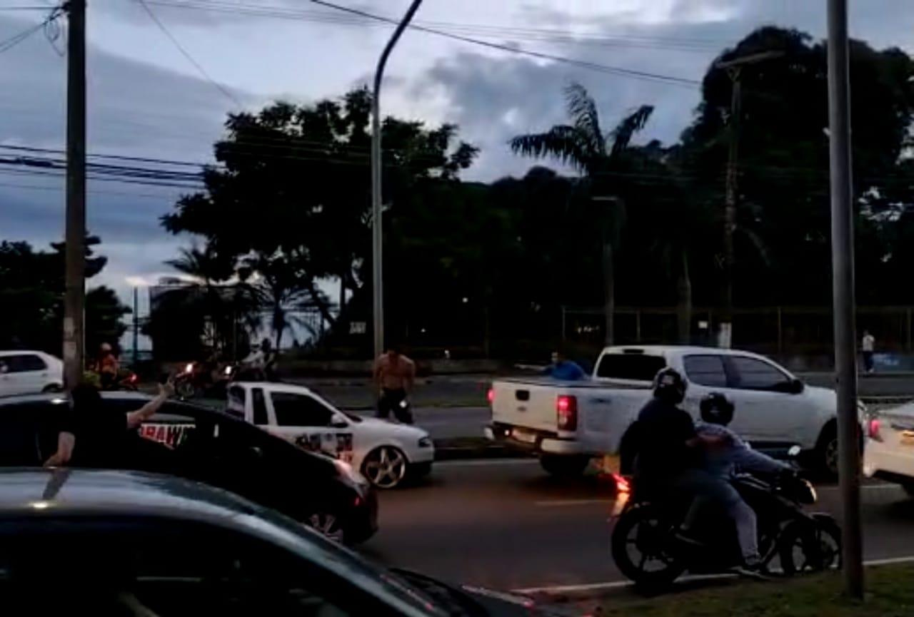 Urgente | Vídeo mostra segurança de Wilson Lima atirando em manifestante e fugindo