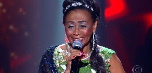 """Celestina Maria representa Amazonas no """"The Voice +"""" e recebe elogios de jurados"""