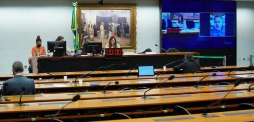 Deputados instalam comissão e divergem sobre sistema eleitoral
