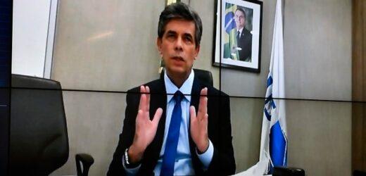 Teich: 'Deixei Ministério por divergência com cloroquina