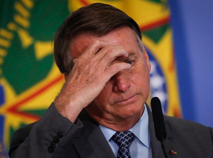 Bolsonaro tem 'dever cívico' de mostrar prova de fraude na eleição, diz Barroso
