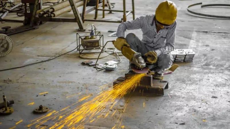 Equipe econômica eleva previsão para o PIB em 2021 de 3,5% para 5,3%